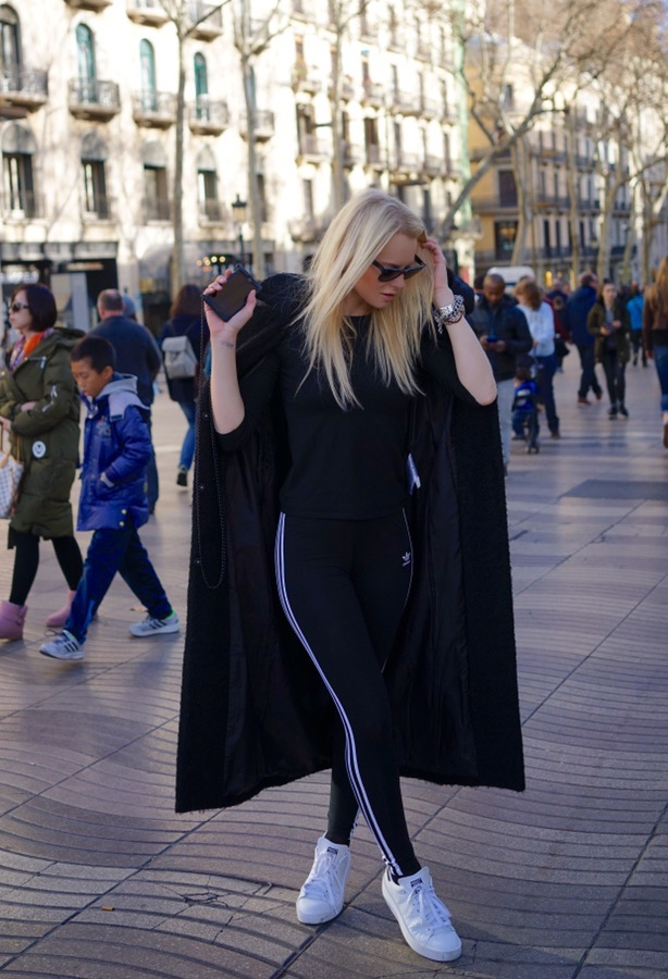 the latest 38aa8 0a7d9 RAMBLA DE CATALUNYA AND MY COZY OUTFIT - Inessafashioness.com
